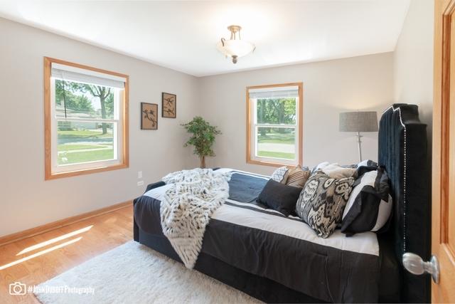 7600 West MADISON, NILES, Illinois, 60714