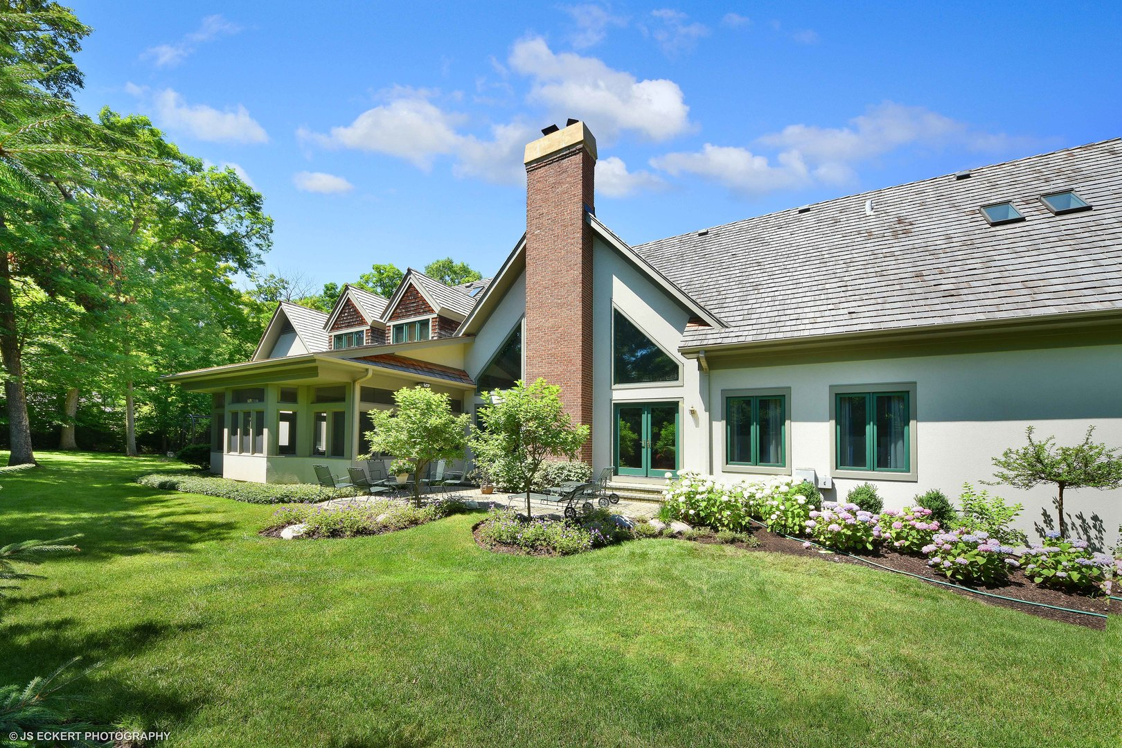 1075 Walden, Lake Forest, Illinois, 60045
