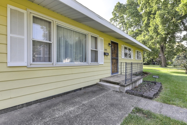 202 East HIGH, Monticello, Illinois, 61856