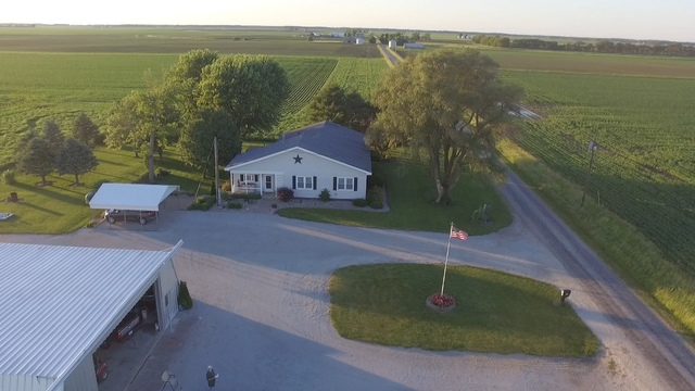 350 North County Road 1675E, Hindsboro, Illinois, 61930