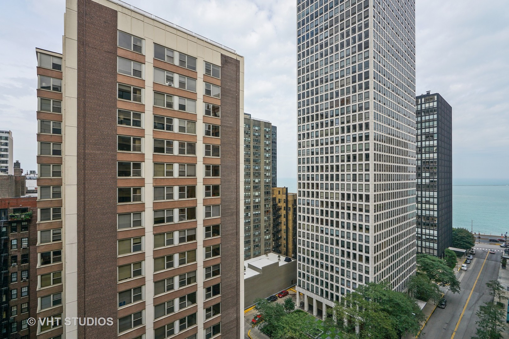 850 North Dewitt 16E, Chicago, Illinois, 60611