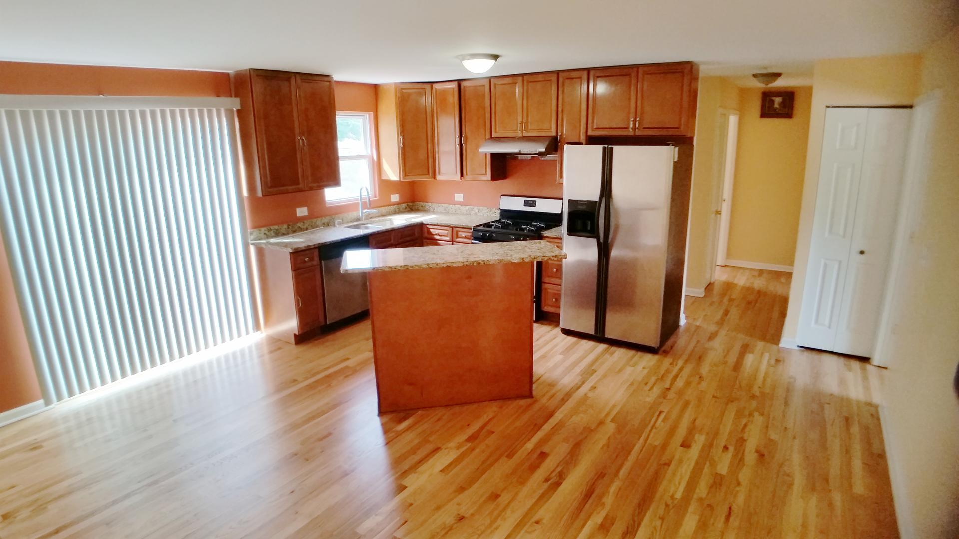 314 GREENBRIER, Vernon Hills, Illinois, 60061