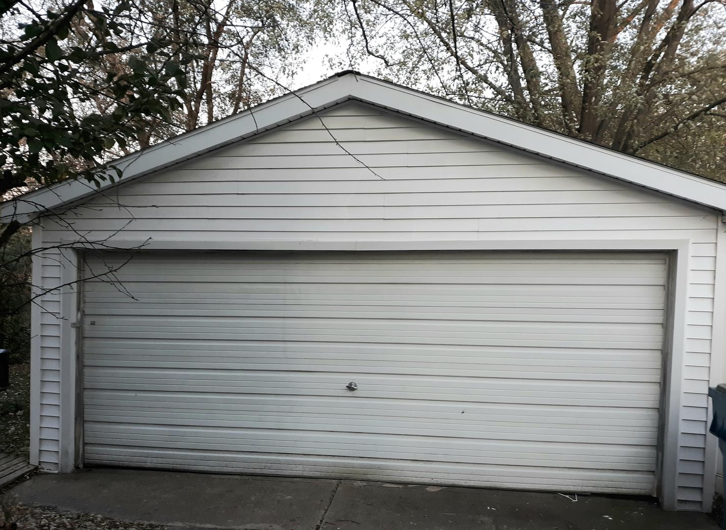 14921 Avers, Midlothian, Illinois, 60445