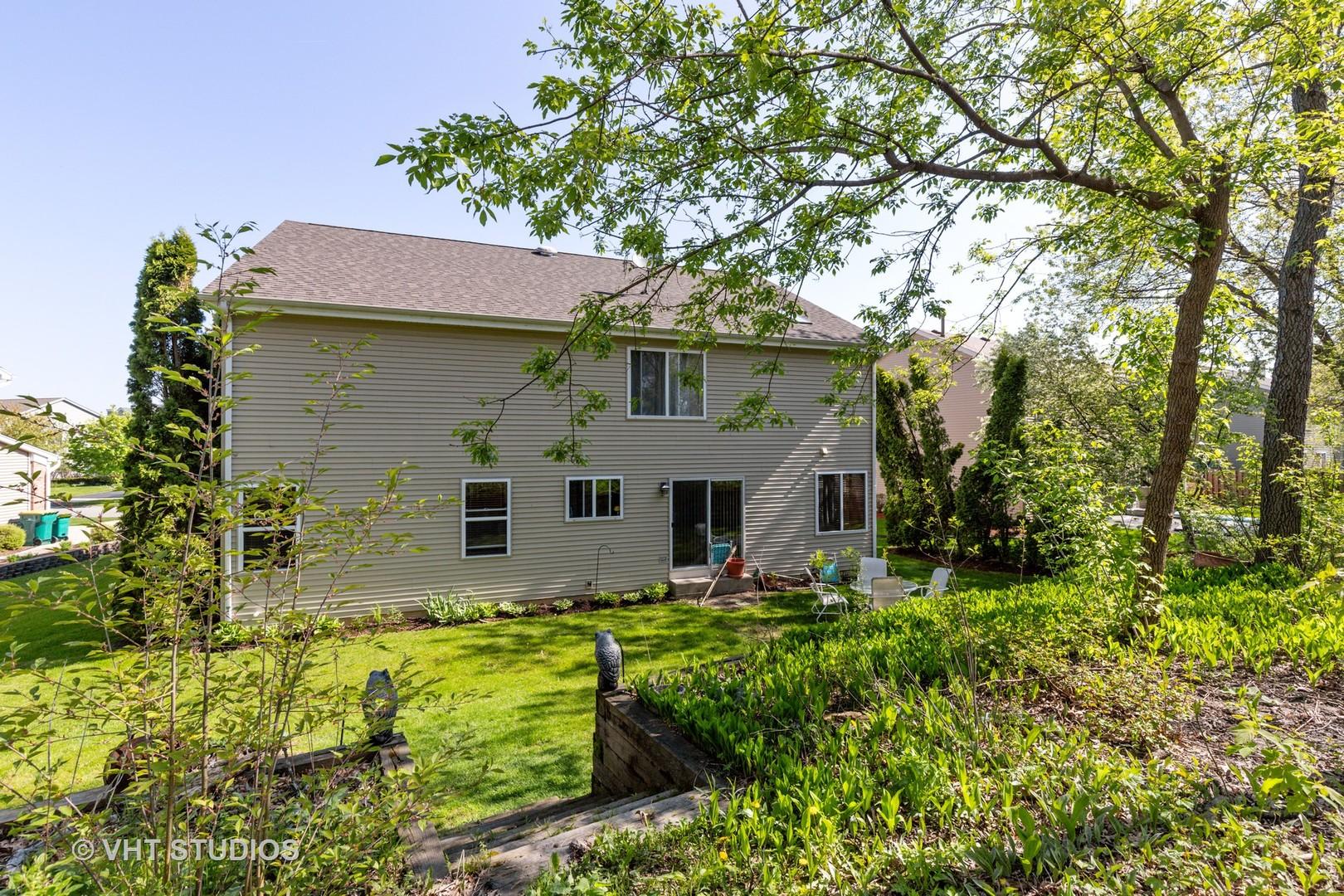 1312 MAYFAIR, Grayslake, Illinois, 60030