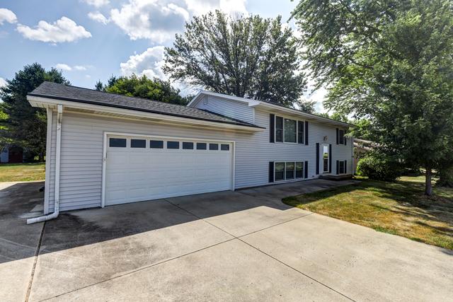606 Wiltshire, St. Joseph, Illinois, 61873