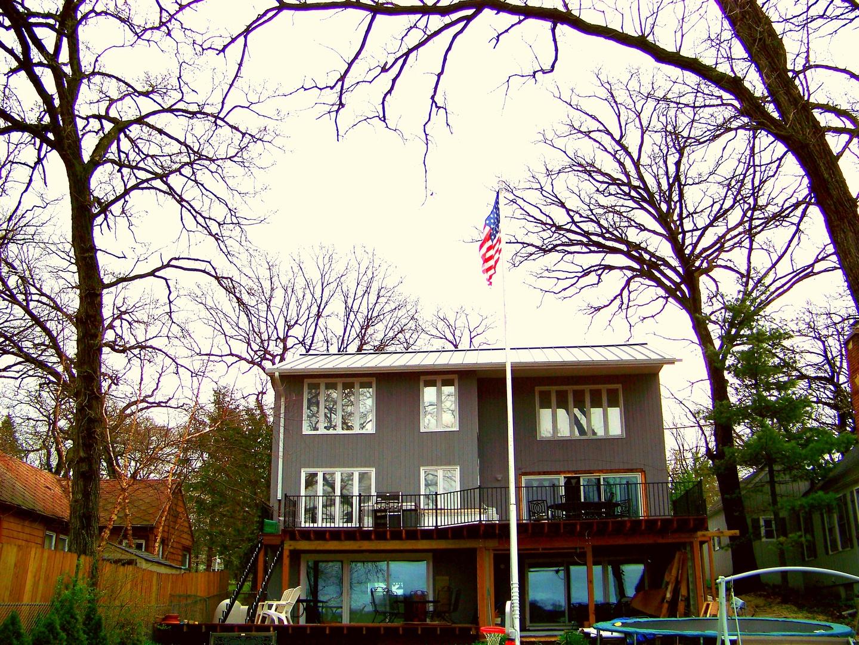 4311 E Lake Shore Drive, Wonder Lake, IL 60097
