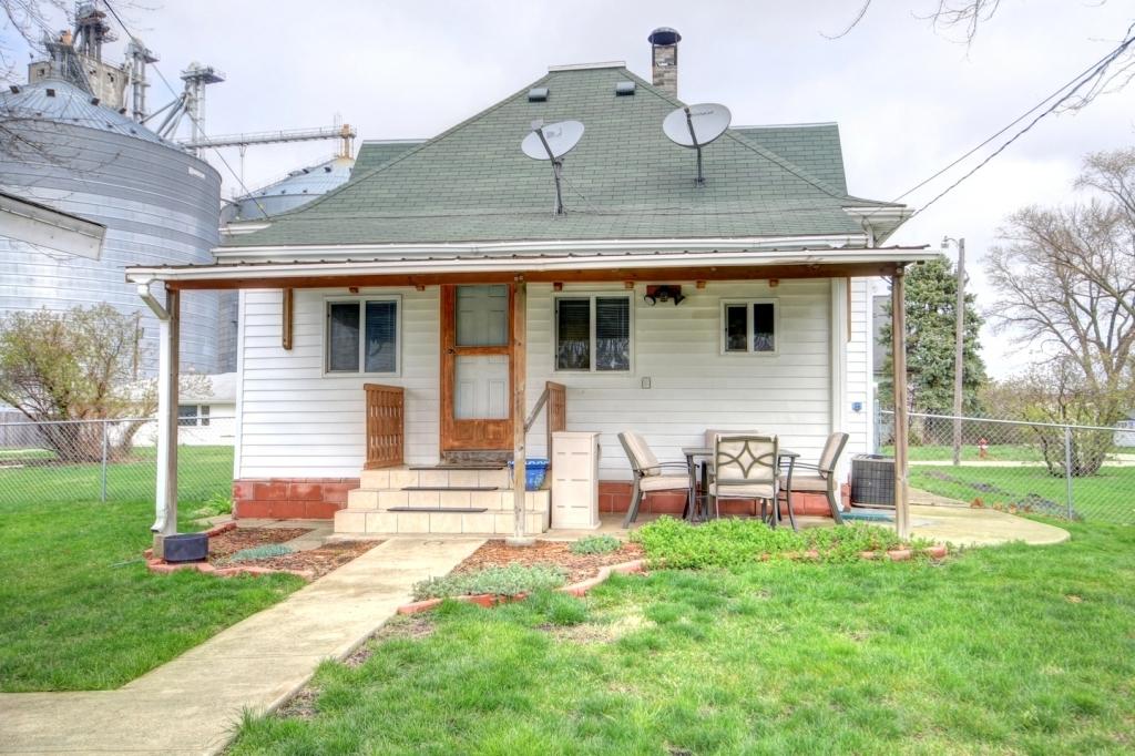 203 Eads, Thomasboro, Illinois, 61878
