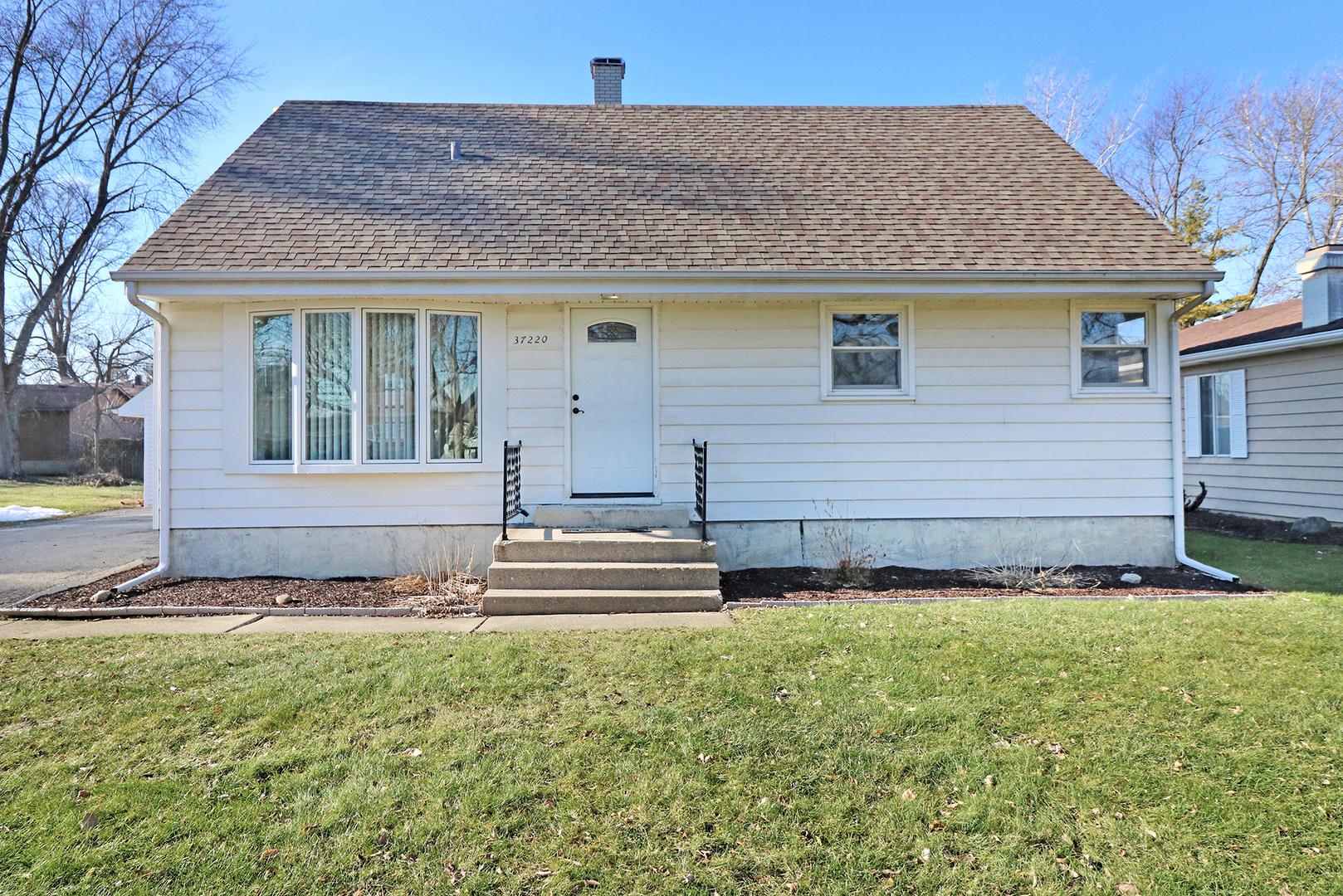 37220 North Hampshire Lane, Lake Villa, Illinois 60046