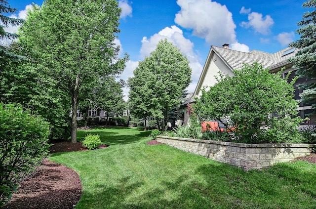 20 Forest Gate, Oak Brook, Illinois, 60523