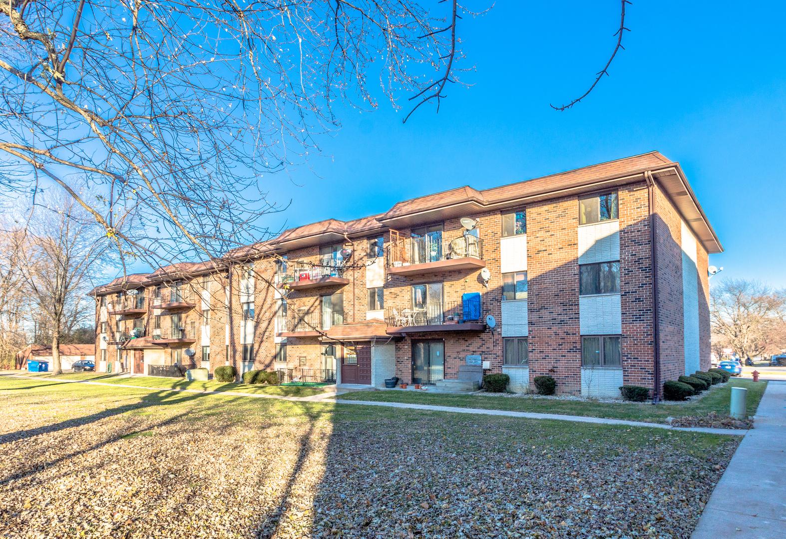 14969 Willowcrest 14, Midlothian, Illinois, 60445
