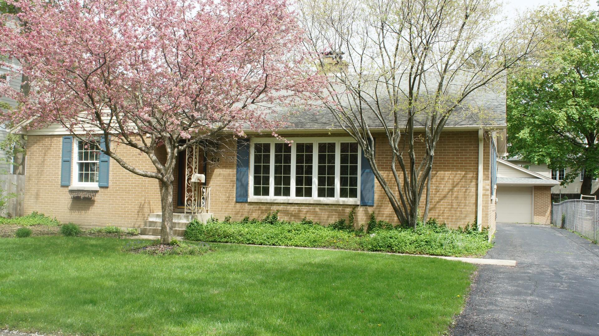 424 Carter Street, Libertyville, Illinois 60048
