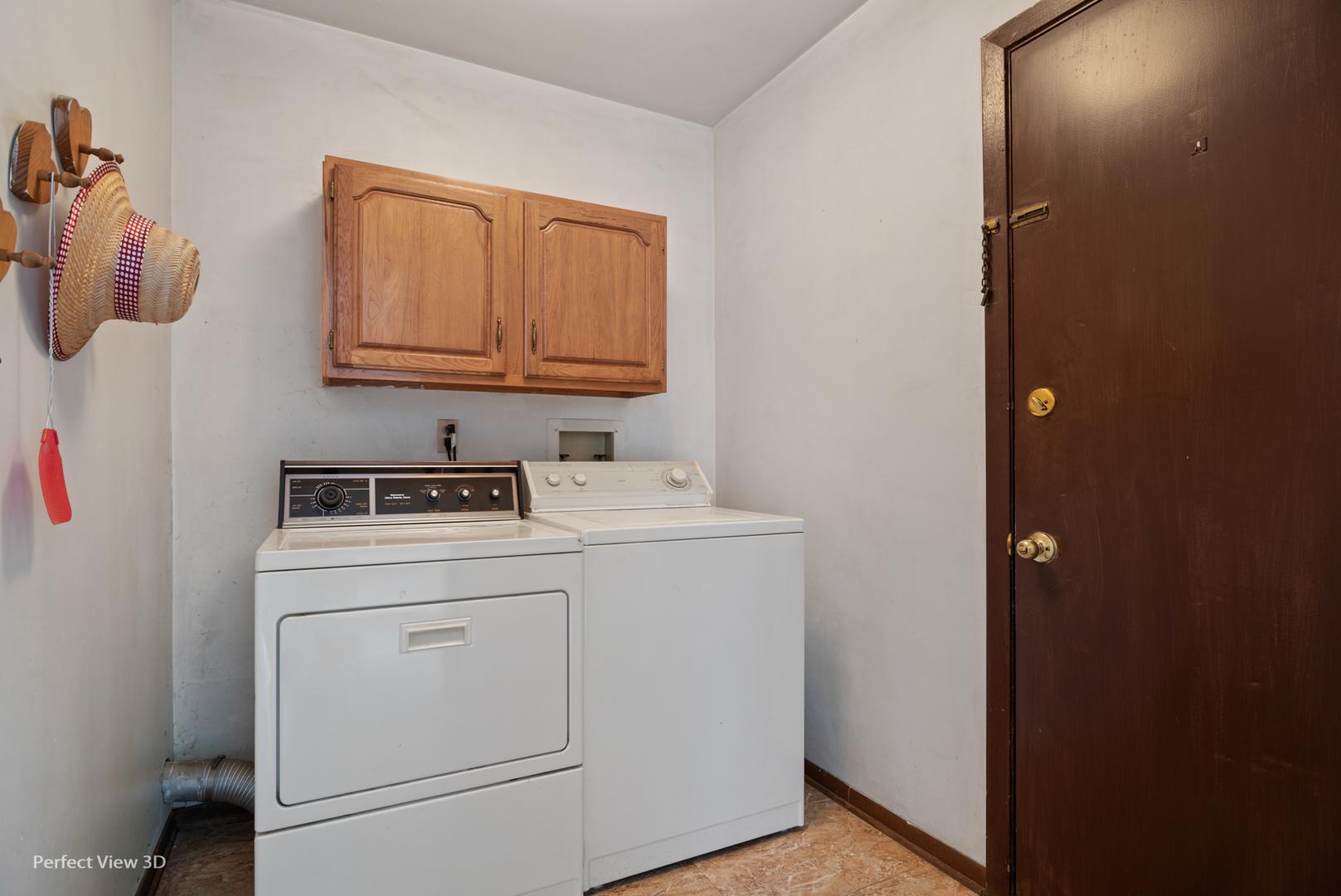 700 Almond, AURORA, Illinois, 60506