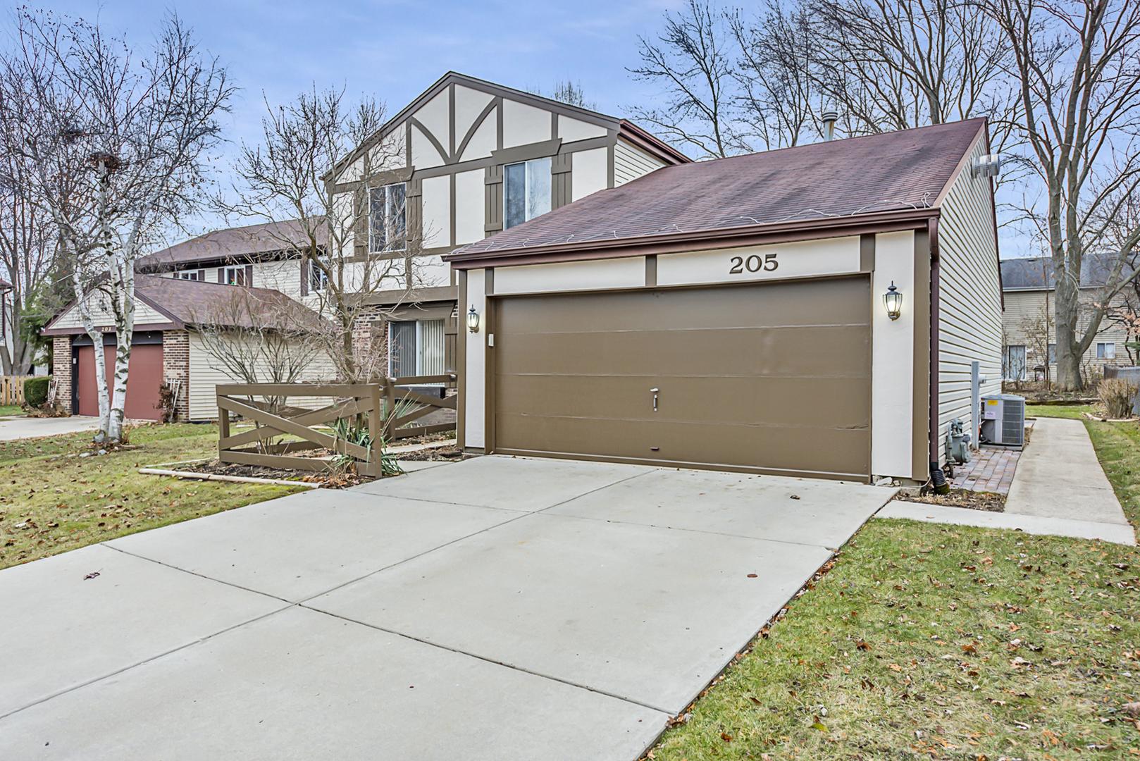 205 Alpine, Vernon Hills, Illinois, 60061