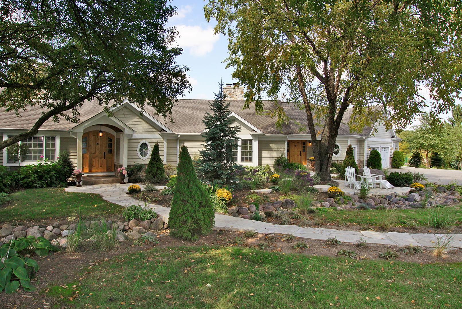 164 North Highland, Inverness, Illinois, 60067