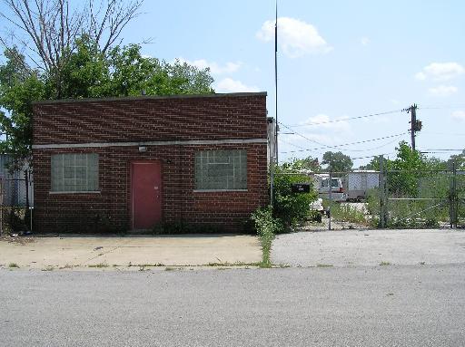 12127 S Paulina Street, Calumet Park, IL 60827