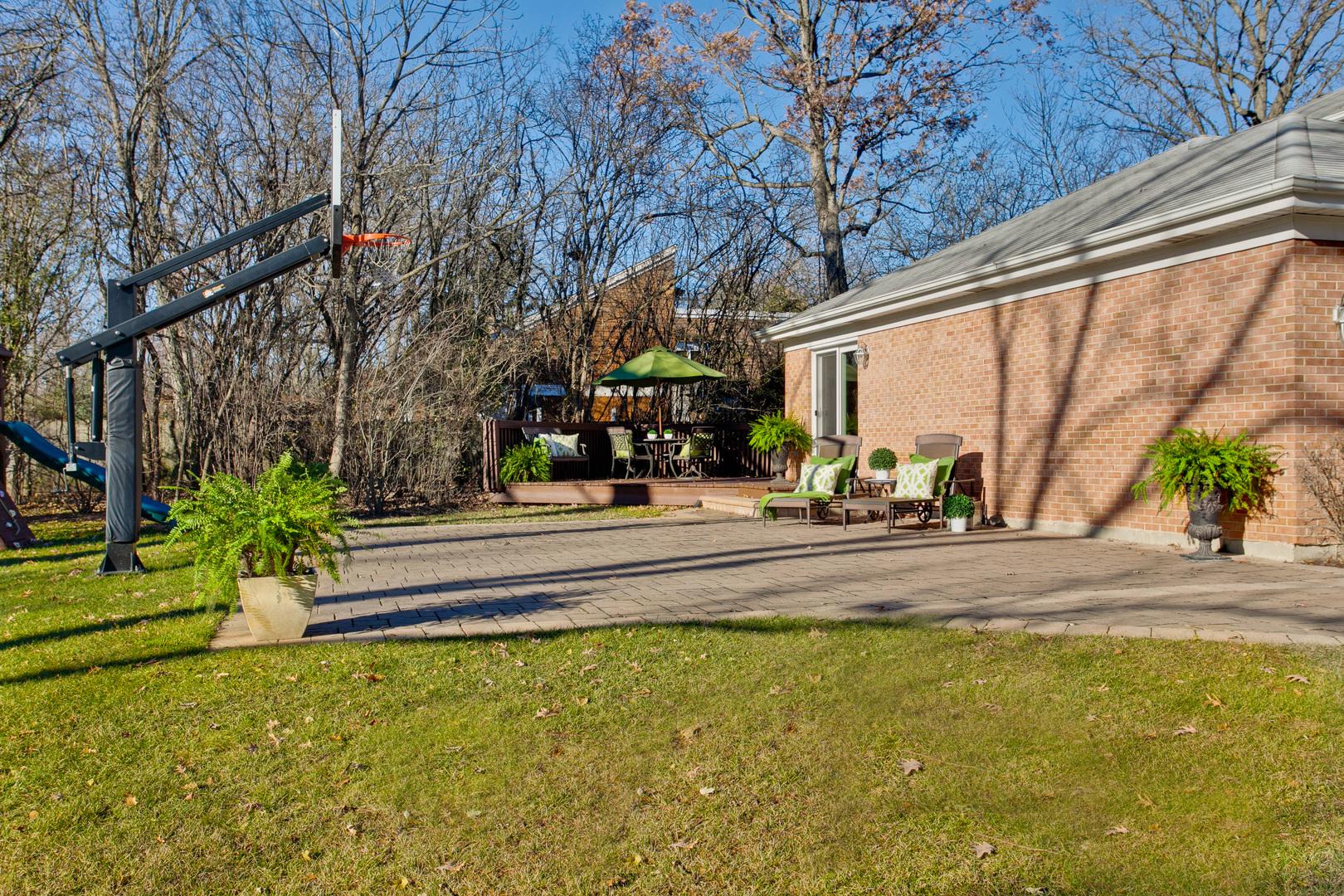 1239 West Cascade, LAKE FOREST, Illinois, 60045