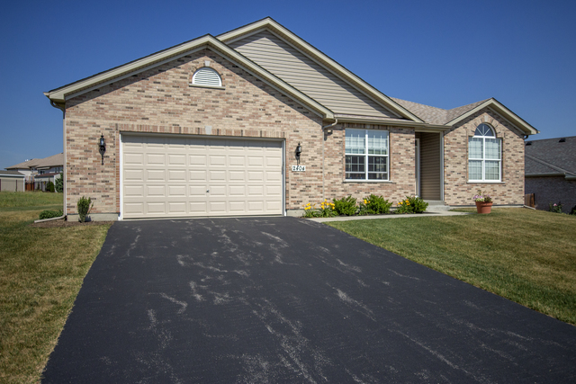 Property for sale at 11211 Thrush Creek Drive, Richmond,  IL 60071