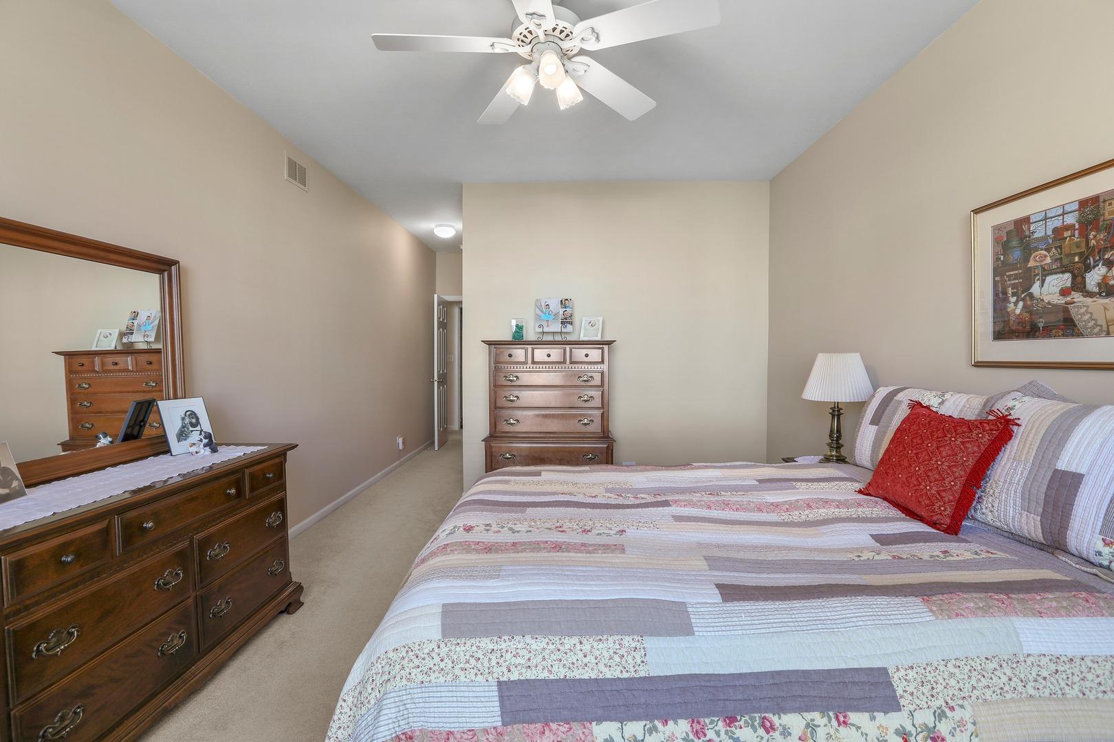 818 Pheasant, ST. CHARLES, Illinois, 60174