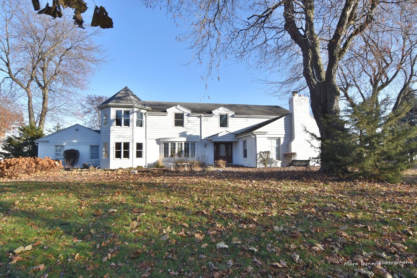1S881  Deerpath,  Batavia, Illinois
