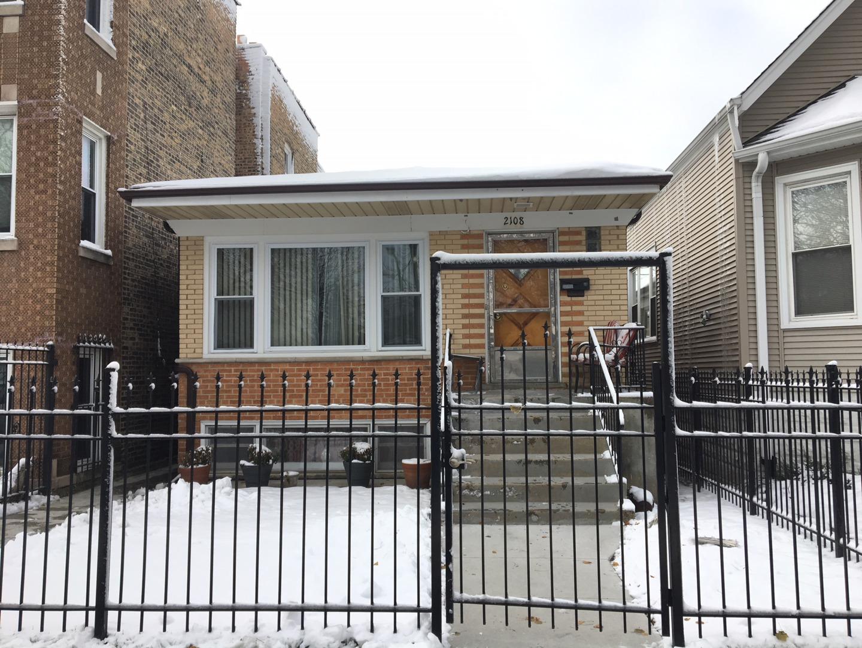 2108 N KILBOURN Exterior Photo