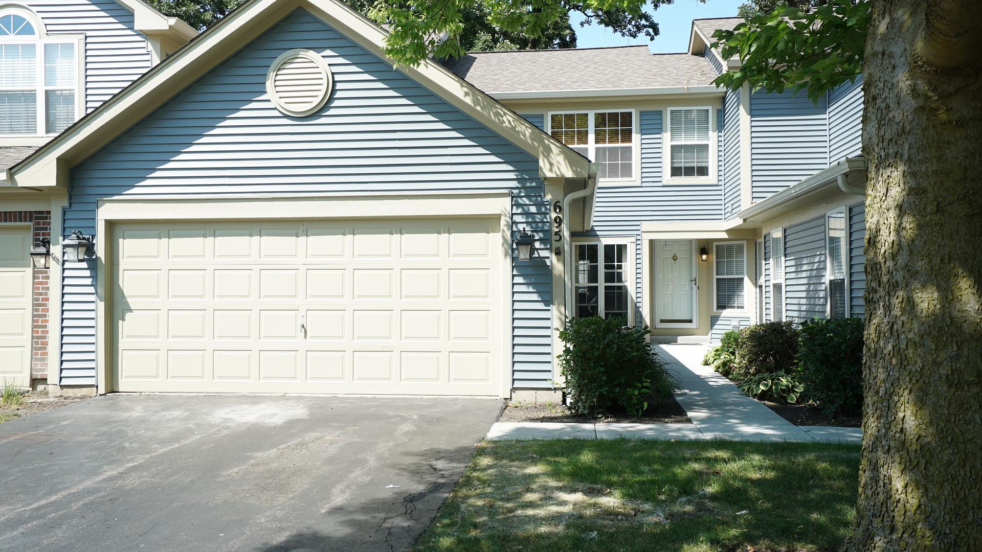 695  Bent Ridge,  ELGIN, Illinois