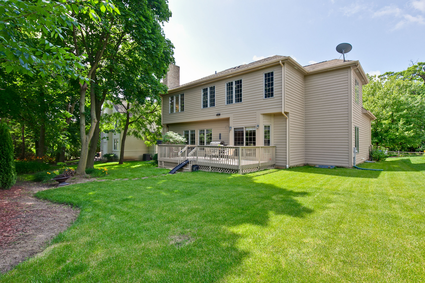 404 River Grove, Vernon Hills, Illinois, 60061
