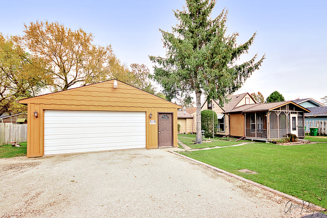 25644 West Arcade Drive, Lake Villa, Illinois 60046