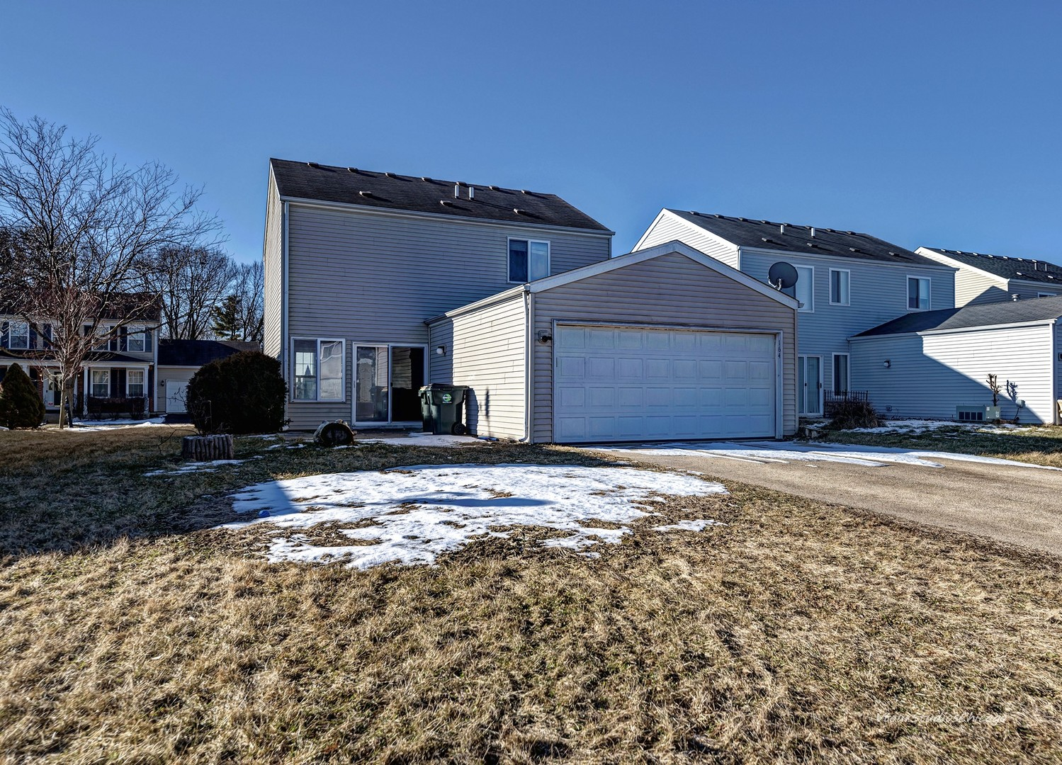 164 Eisenhower, Oswego, Illinois, 60543