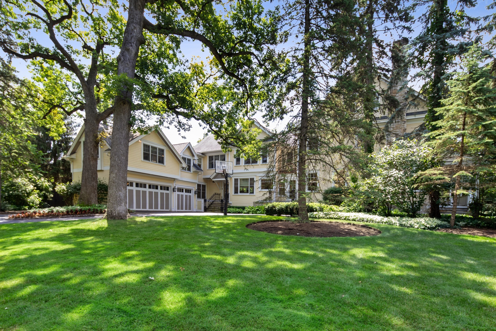 321 South County Line, Hinsdale, Illinois, 60521