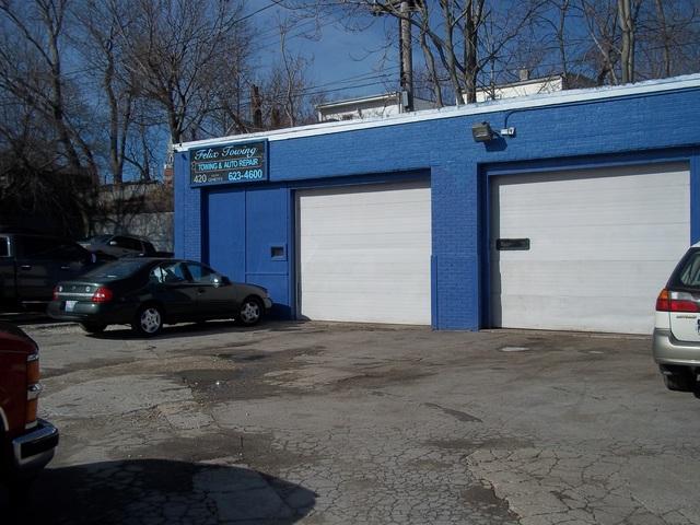 414 S Genesee Street, Waukegan, IL 60085