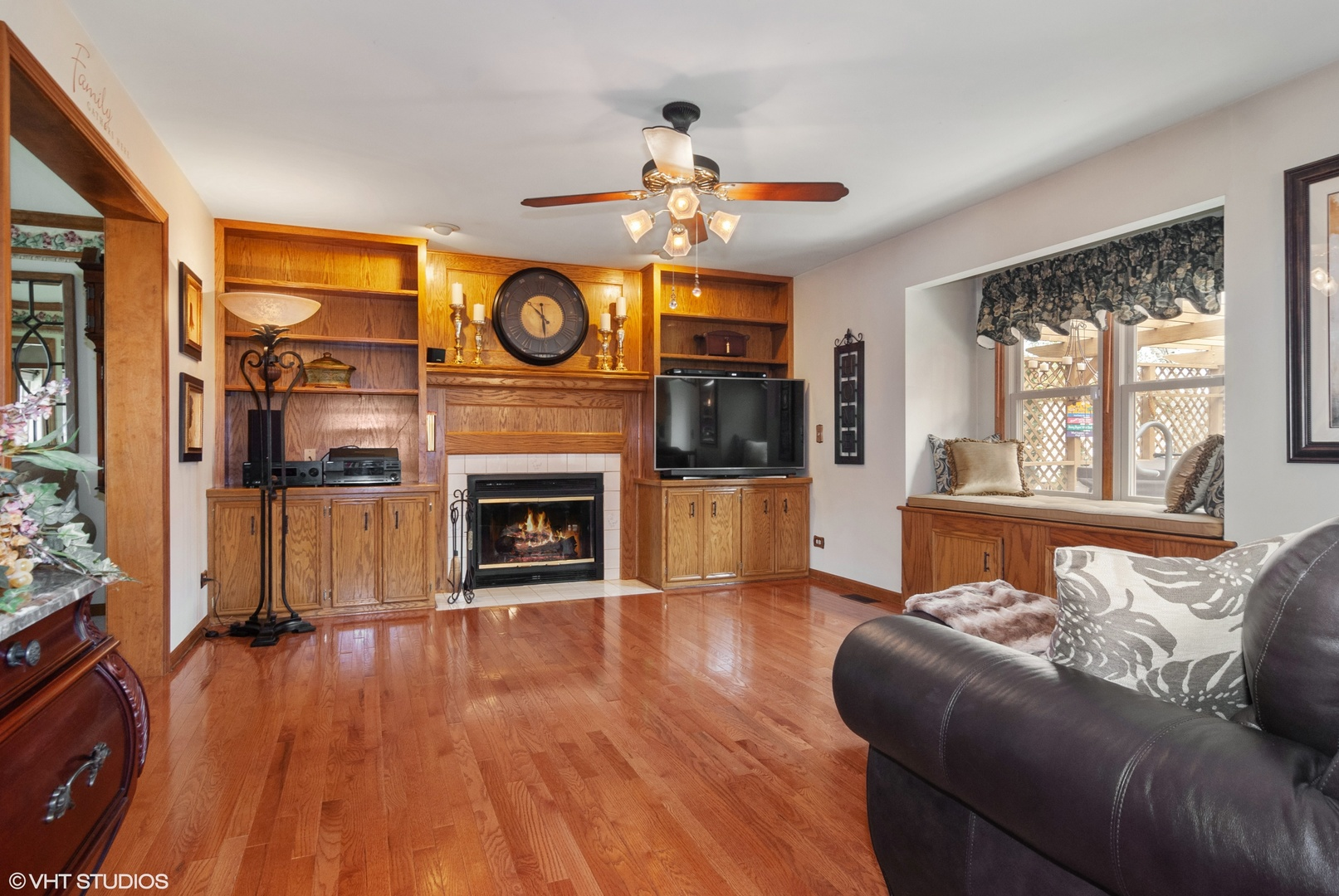 2230 Lakeside, AURORA, Illinois, 60504
