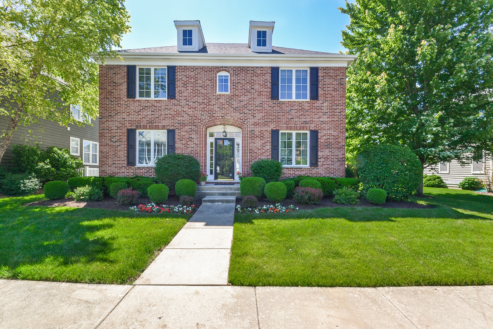 vernon hills single parents Single family homes for sale in vernon hills, il have a median listing price of $382,400 and a price per square foot of $163 there are 137 active single family homes for sale in vernon hills.