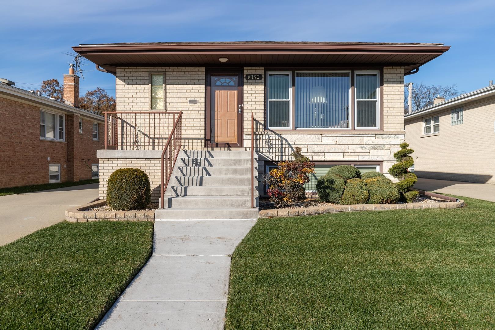 8350 W Balmoral Exterior Photo
