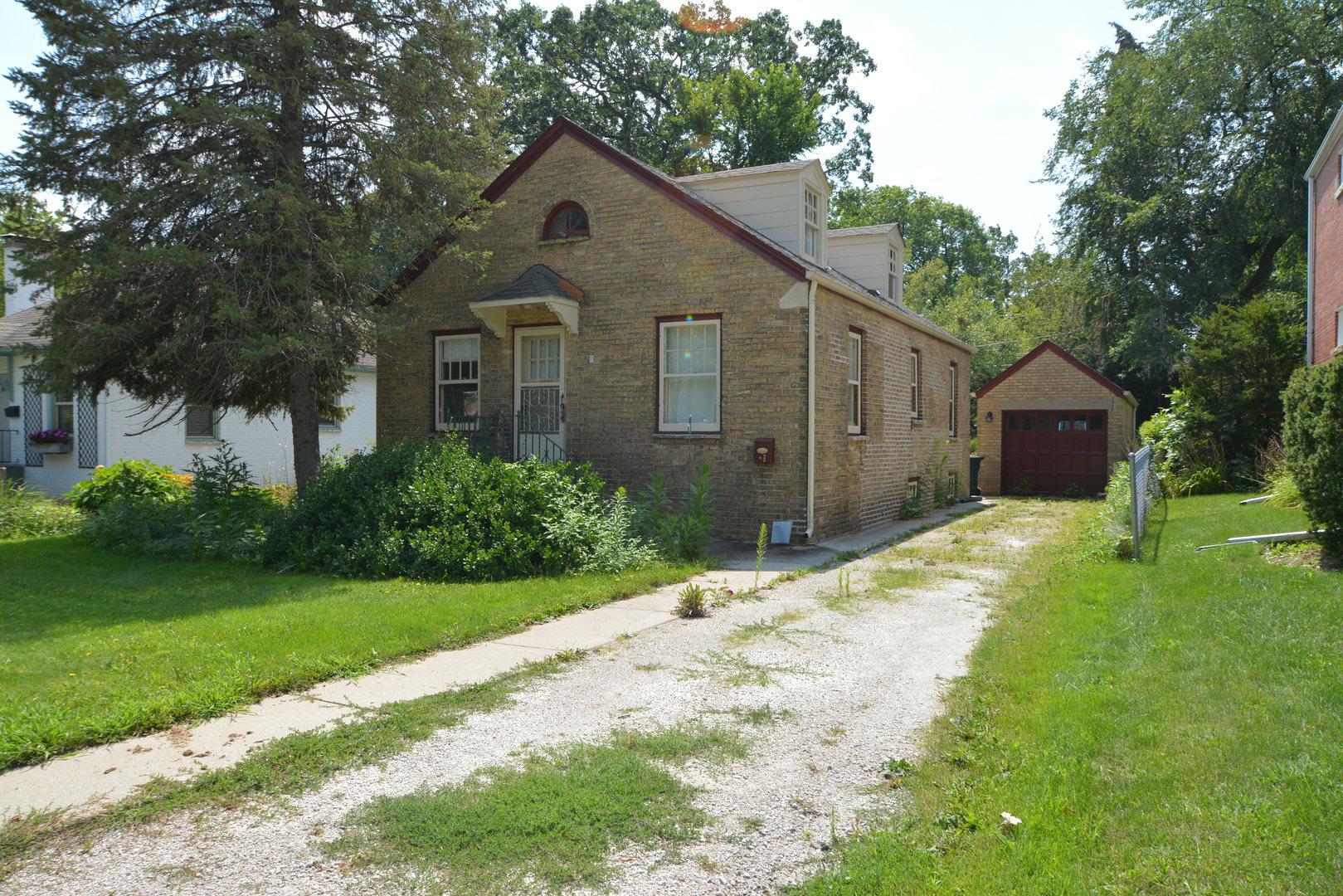 15 East Washington Avenue, Lake Bluff, Illinois 60044