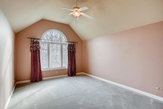 305 White Pines, Oswego, Illinois, 60543