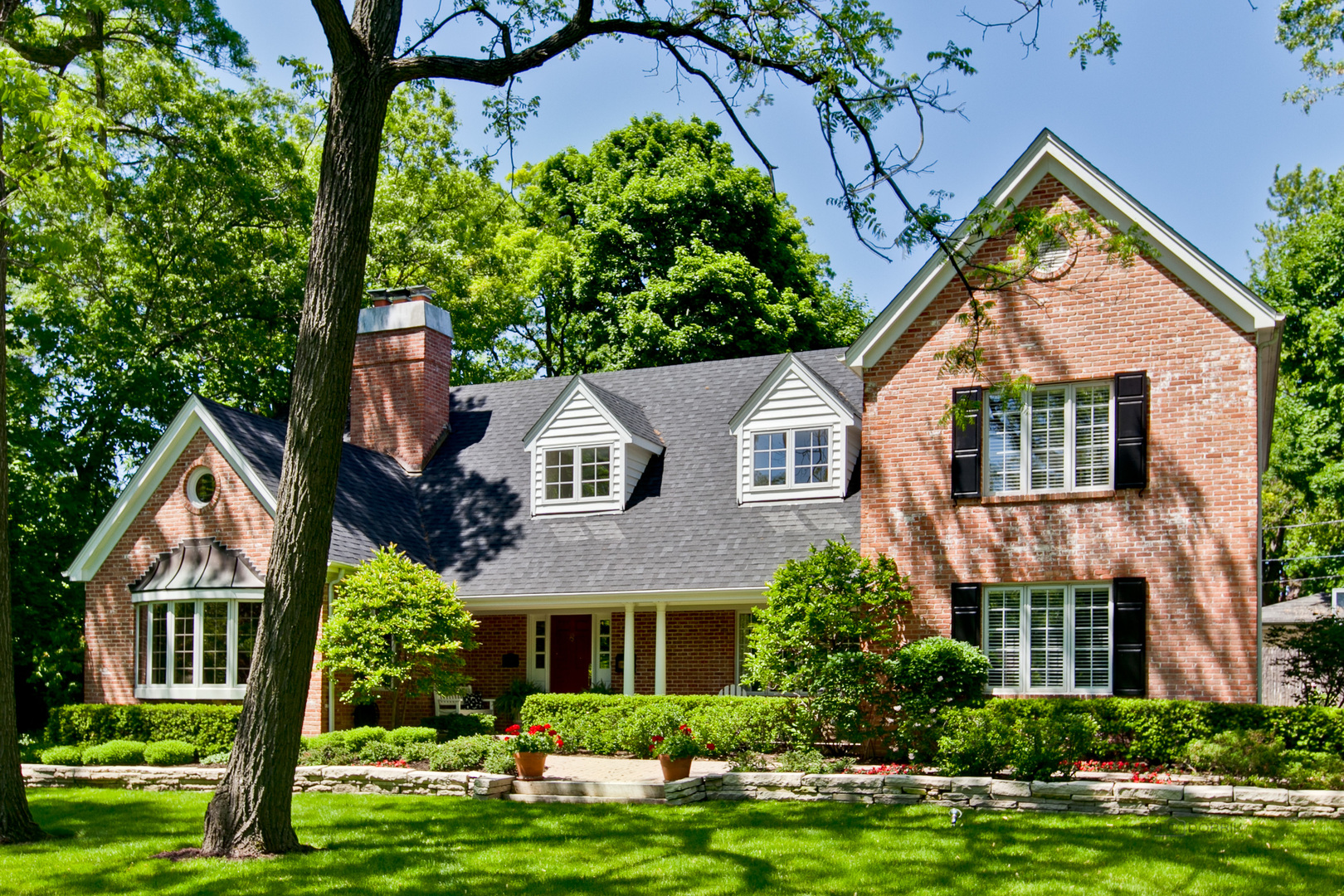 116 East Prospect Avenue, Lake Bluff, Illinois 60044