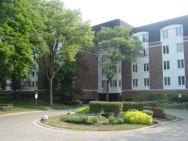 250 Lake Boulevard, Unit 216, Buffalo Grove, Illinois 60089