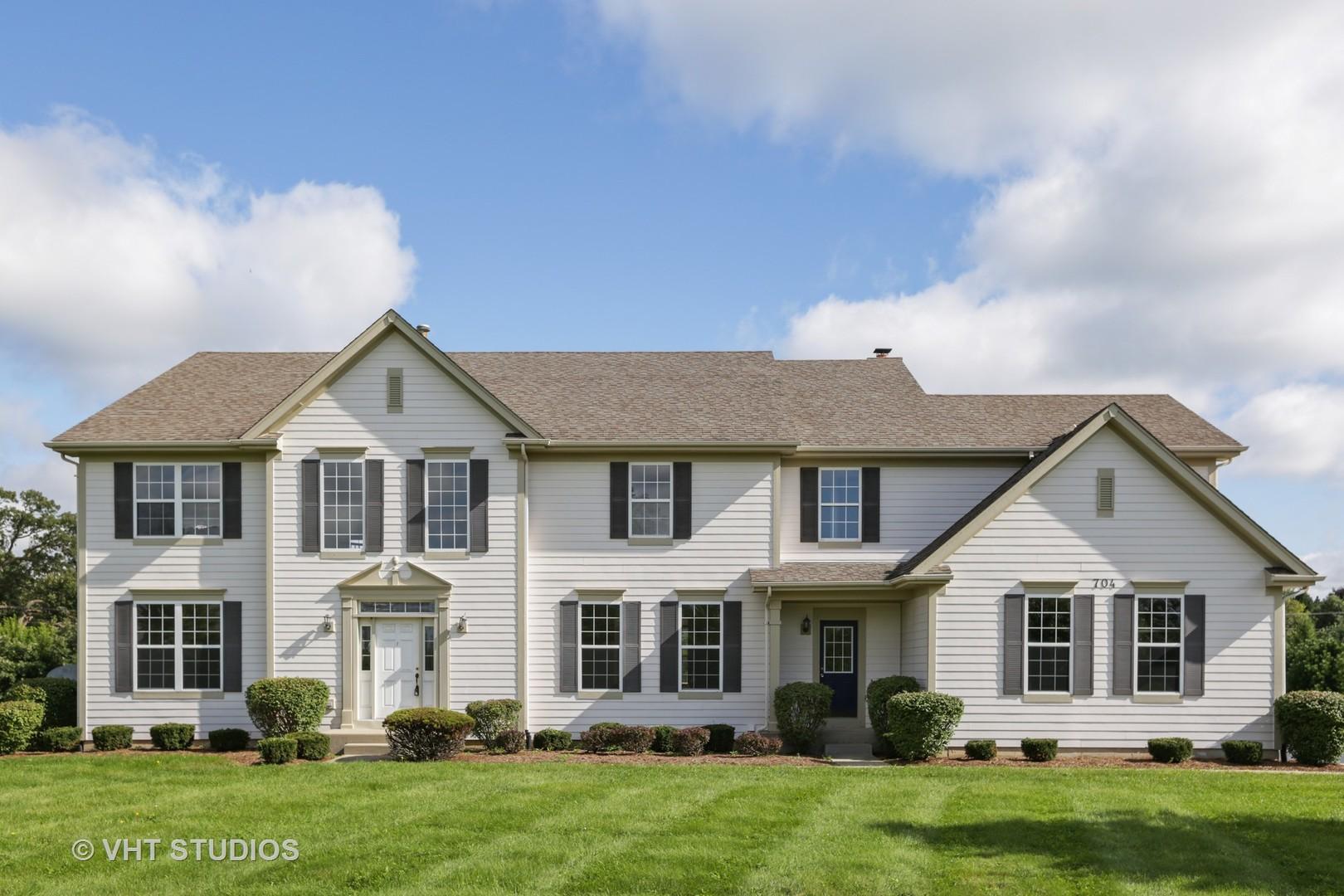 704 Goodman Court, Barrington Hills, Illinois 60010