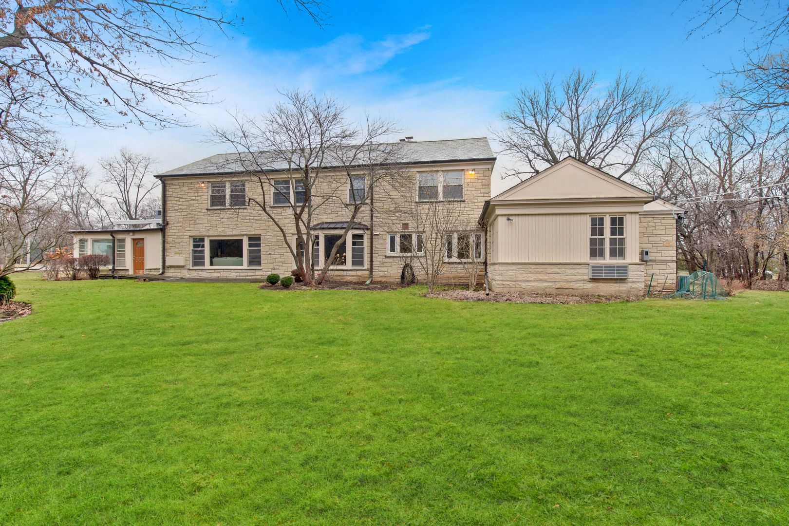 210 South, GLENCOE, Illinois, 60022
