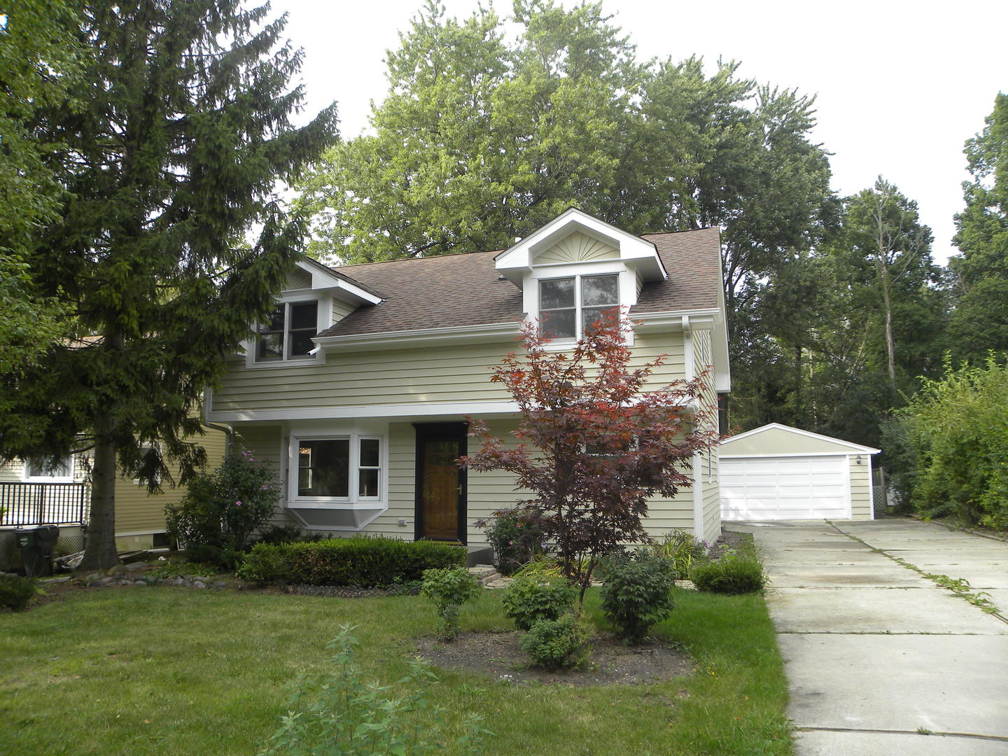 909 Talbot Avenue, Lake Bluff, Illinois 60044