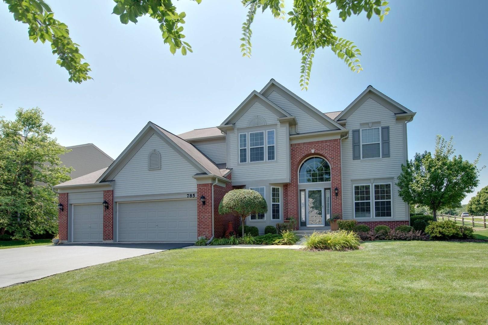 785 Porter Circle, Lindenhurst, Illinois 60046