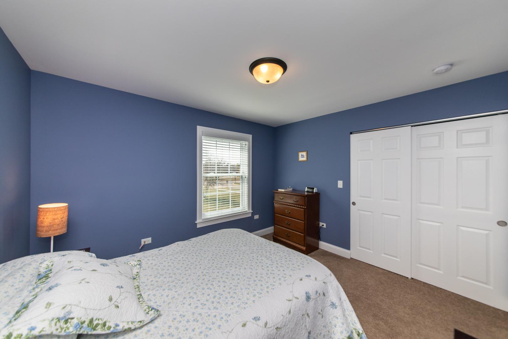 2130 School House, AURORA, Illinois, 60506
