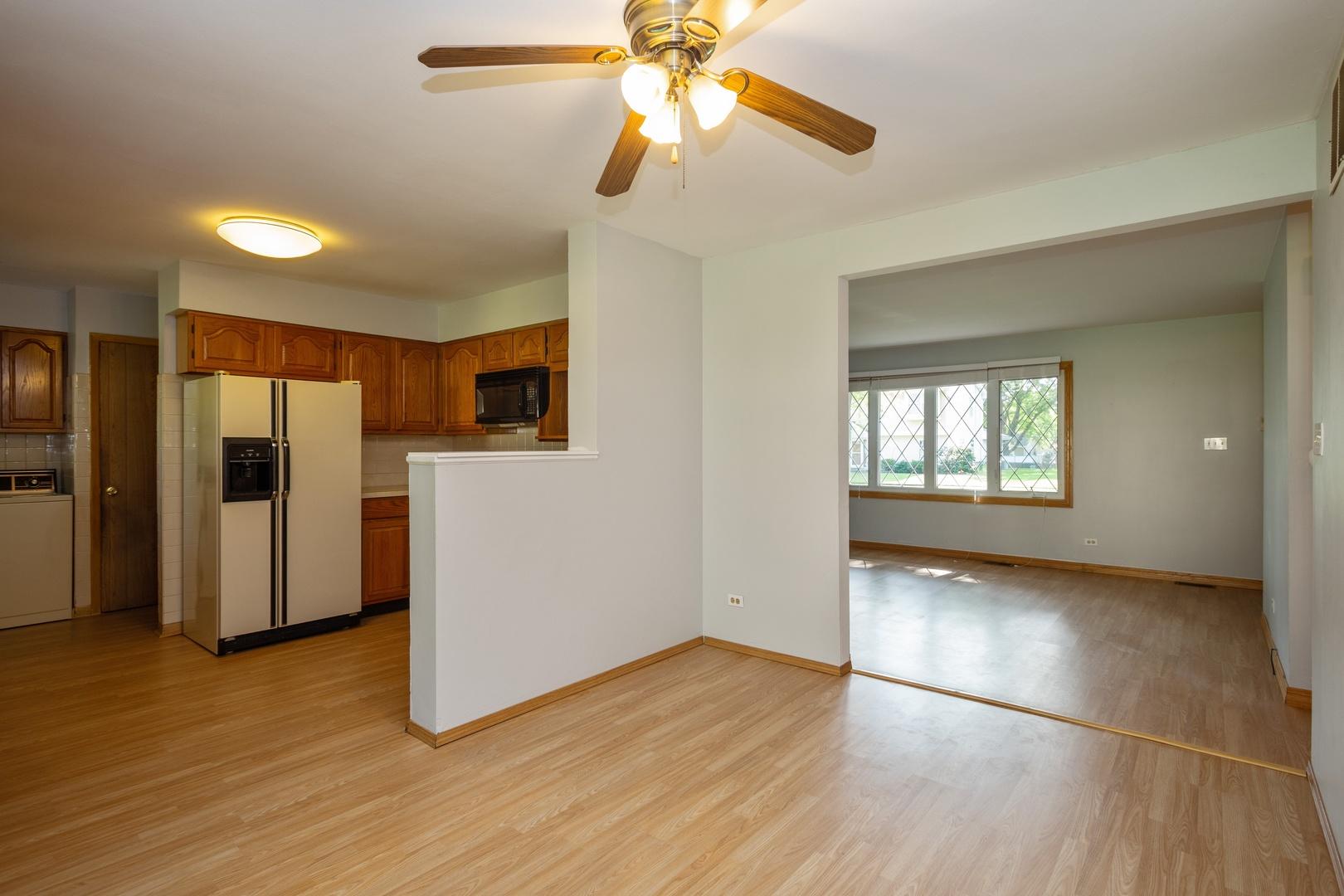 1146 Bosworth, ELK GROVE VILLAGE, Illinois, 60007