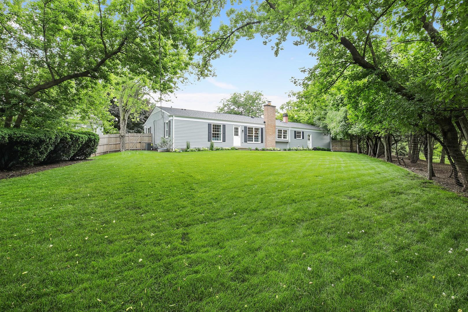 111 North Glendale, BARRINGTON, Illinois, 60010