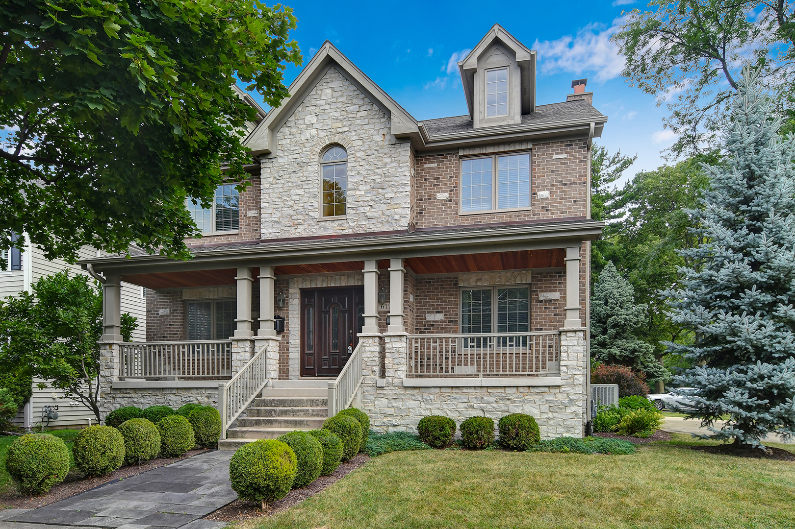617 Ravine Road, Hinsdale, Illinois 60521