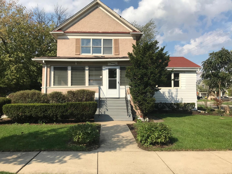 East Fremont Ave., Elmhurst, IL 60126