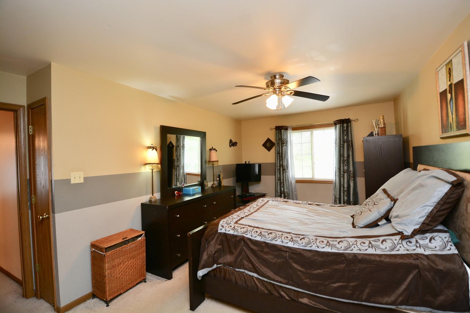 3480 Willowview, AURORA, Illinois, 60504