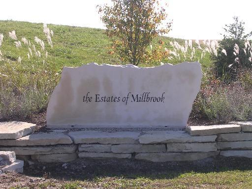 9295 N Stonewall Drive, Millbrook, IL 60536