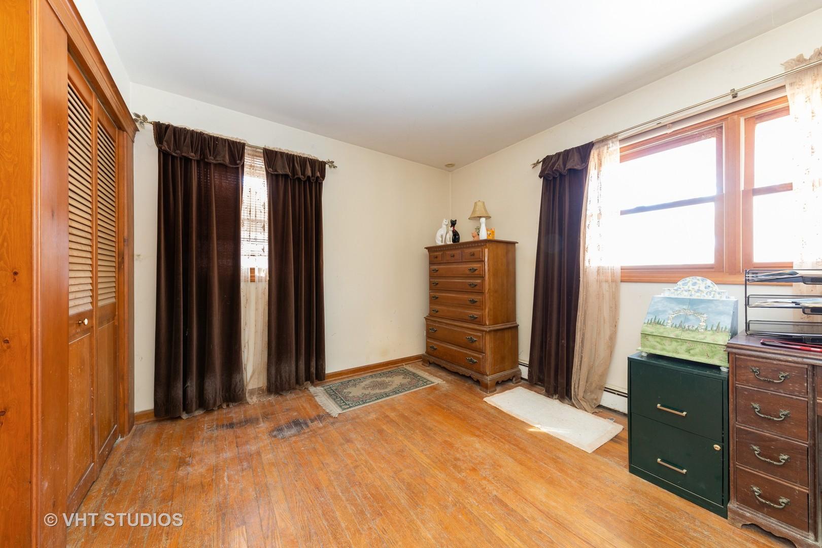 902 Willow, Sleepy Hollow, Illinois, 60118