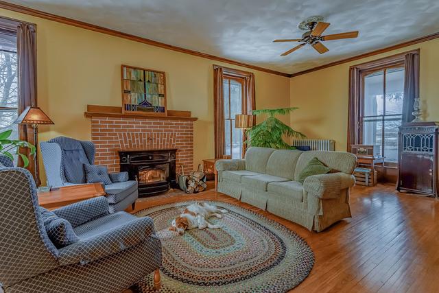 395 West Cedarville, Freeport, Illinois, 61032